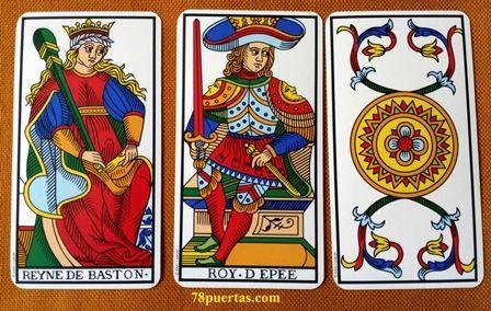 Lectura Abierta con más de 3 cartas con el Tarot de Marsella. Primera fila.