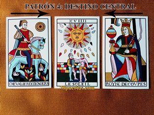 Caballo de Oros, Sol y Reina de Copas del Tarot de Jean Noblet restaurado por Jean Claude Flornoy