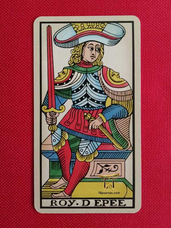 Rey de Espadas del Tarot de Pablo Robledo